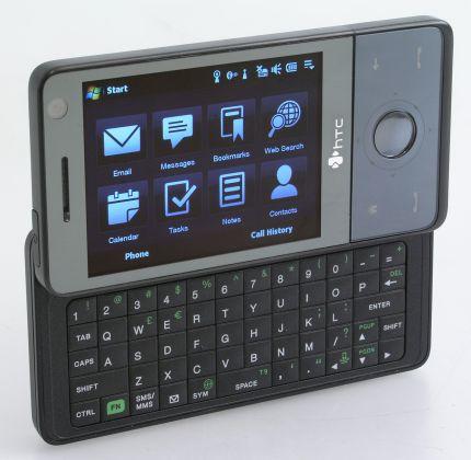 Telefon HTC Touch PRO to przykład nowoczesnego smartfona wyposażonego w wygodną, wysuwaną klawiaturę