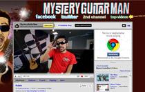 Dla posiadaczy najpopularniejszych kont w YouTubie publikowanie filmów wideo stało się sposobem na życie, jak w przypadku Mystery Guitar Mana – autora zabawnych teledysków, którego każdy nowy film jest oglądany ponad pół miliona razy.