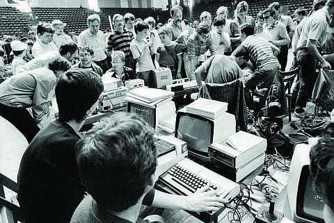 Warszawska Giełda Komputerowa w 1989 r.