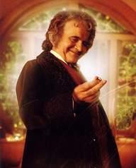 """W rolę Bilbo Bagginsa we """"Władcy Pierścieni"""" wcielił się Ian Holm. Kto zagra Bilbo w """"Hobbicie""""?"""