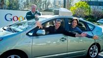 Eric Schmidt, Larry Page i Sergey Brin - trzy najważniejsze postaci w Google.