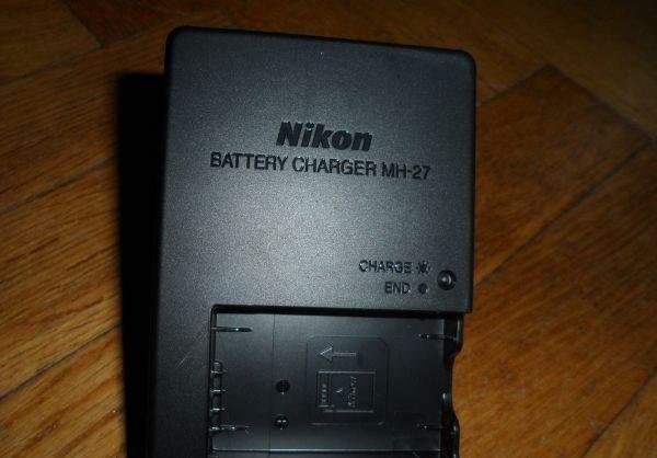 Ładowarka do Nikon J1