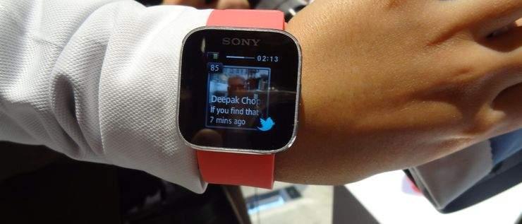 Sony SmartWach - Twitter