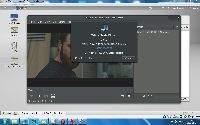 Totem Movie Player nie chce automatycznie obsługiwać plików z napisami i wymaga zmiany kodowania. Można go jednak bez problemu zastąpić innym narzędziem