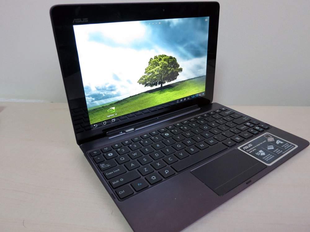 Asus Transformer Prime TF201 - tablet z klawiatura do złudzenia przypomina małego ultrabooka