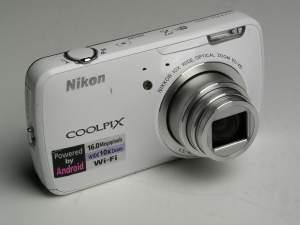 Pierwszy aparat fotograficzny sterowany systemem Android: Nikon Coolpix S800c