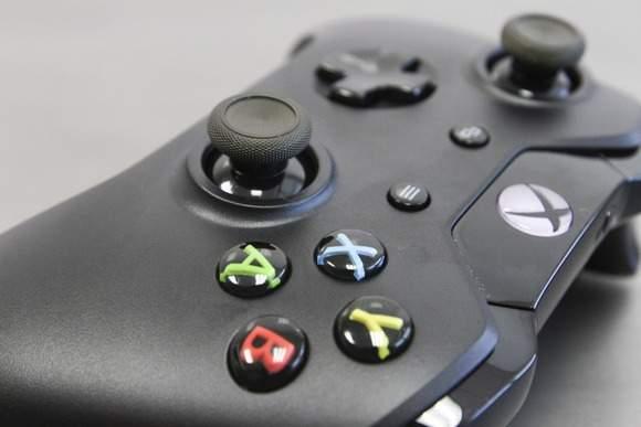 Kontroler od konsoli Xbox One będzie działał w komputerze z systemem Windows bez podłączania kablem