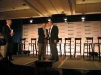 Steve Ballmer oraz Ron Hovsepian (szef Novella) podczas konferencji prasowej