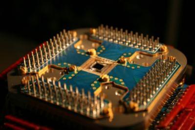 Kwantowy procesor w podstawce