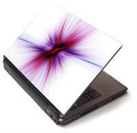 """Notebook Toshiby w przykładowej """"skórce"""""""
