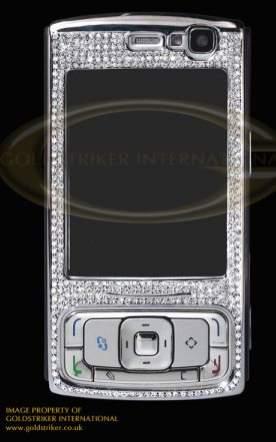 Nokia N95 wysadzana 325 diamentami (źródło: Goldstriker)