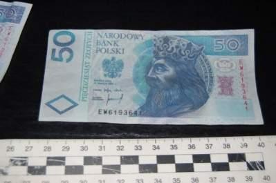 Podrobiony banknot (źródło: KGP)
