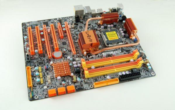 DFI LanParty DK X48-T2R Heatpipe / LP_LT_X48-T2R: